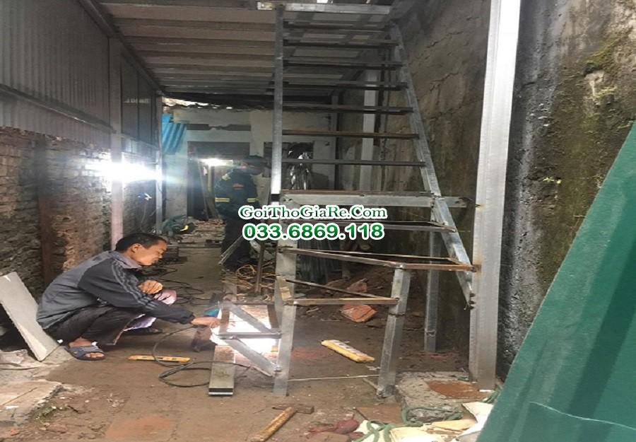 Nhận thi công thiết kế cầu thang sắt, sửa chữa hàn xì tại nhà